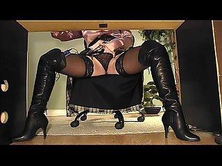 Underdesk cam black boots