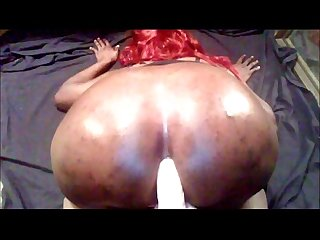 Bbw tranny fucking dildo on webcam