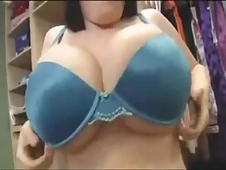 daphne rosen trying on clothes
