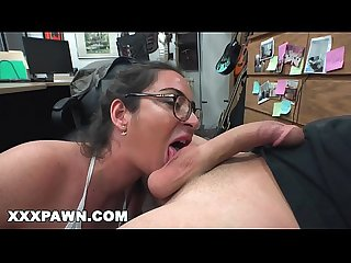 Xxxpawn fucking french babe Charlie harper for a flight ticket