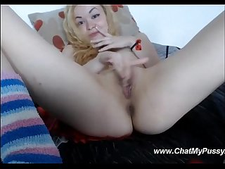 Girl fingering pussy at request of guys on webcamchat
