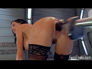 Squirting milf dildo fucked by machine