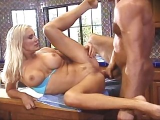 Sexy karina squirts and fucks