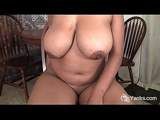 Busty chubby natalia rubbing her pussy