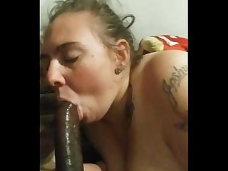 Swallowin cum after her man left out for work