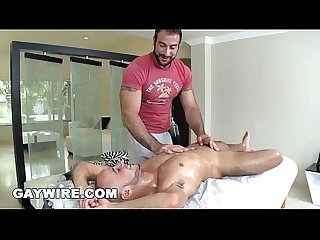 Gaywire straight guy Al carter tries being gay with spencer reed