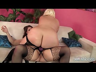 Horny Plumpers angel and jade rose lesbian sex