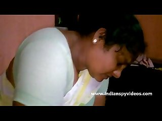 Mature indian Bhabhi big tits indianspyvideos com