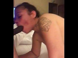 (IG @Juicylatinawife) Mi Puta Me Chupa El Bicho Bien Rico En Cuatro!!..