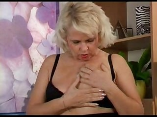 Blond mature s doing herself