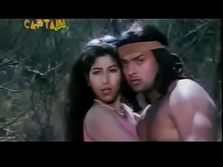 City girl kissing Tarzan in bollywood movie (new)