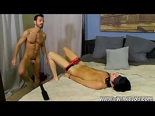 Twink gay boy amateur facial videos he paddles the bound man until