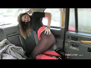 Slim babe wallowing cum in taxi