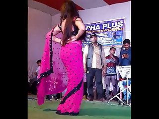 hindi Chaud chanson dhak dhak karne laga live enregistrement La danse
