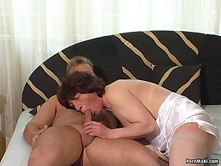 Granny twat filled with younger cock