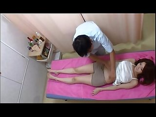 Amazely Sexy Asian Girl Gets Excited in Massage Session - thevoyeurtube.net