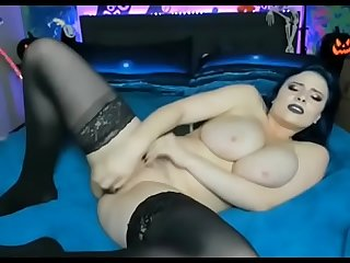 Scrumptious chick toying pussy hardly and cum