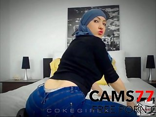 Arabian arab girl twerking on cam more at www imlivex com