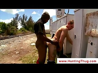 Black gay penetrates white ass outdoor