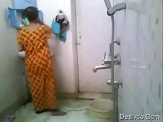 Indian girl nikita bathing desivdo com