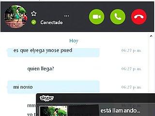 Colombiana Infiel en skype me muestra tremendo Culo a cambio de leche