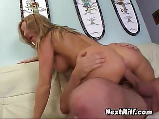 Juicy milf cunt dicked hardcore