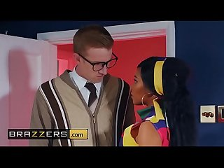 Big Butts Like It Big - (Kiki Minaj, Danny D) - Fucking For Free Love - Brazzers