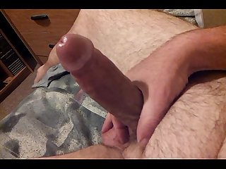 Amateur male jerks off and cums on stomach