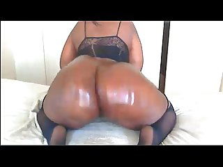 Big black English booty hangs loose superjizzcams com