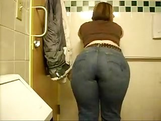 Big white ass on the bathroom