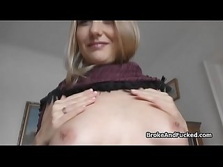 Fucking blonde amateur for cash