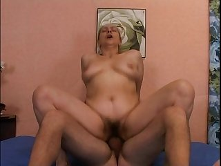 Mature mother fucks her son era mio padre vol 3
