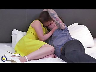 British hairy housewife fucking and sucking