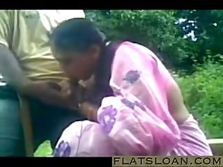 South indian prostitute sucking customer at the public park