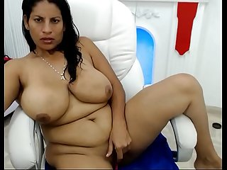 SEXY MATURE AUNTY HOT WEBCAM SHOW