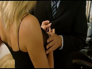 Ehemann fickt fremd in der firma husband fucks his bitch