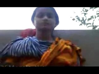Indian young college girl boobs show and choot fingered