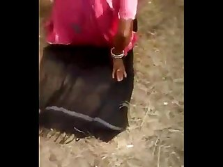 Desi rajsthani Bhabhi fucked in field
