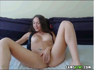 Hot amature girl from camskiwi period com
