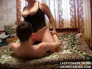 Mature girl whore fuck by young