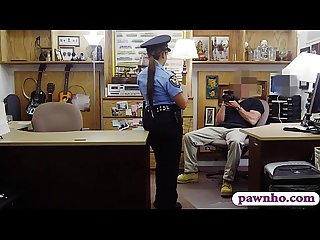 Ms Police officer pounded by pawn dude
