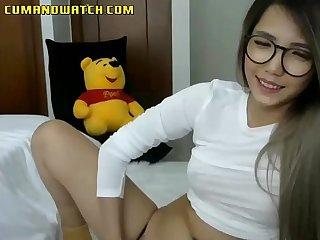 Vietnamese cam babe