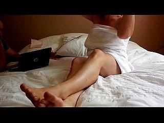 Marie francaise se fait plaisir en regardant un porno et baise for tribute amateur sextape