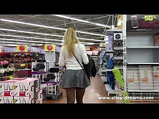 Upskirt and flashing no panty in a shop