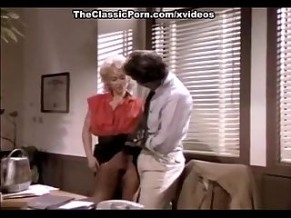 Gina carrera john leslie in secretary spreads for the boss in classic porn