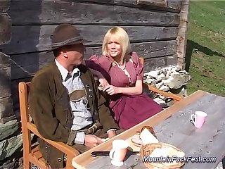 Mountain milf anal