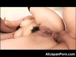 Japanese girl gets analed