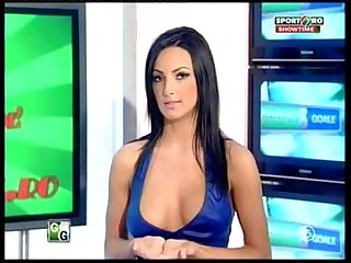 Goluri si goale ep 17 miki si roxana Romania naked news