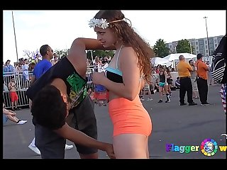 Voyeur candid festival