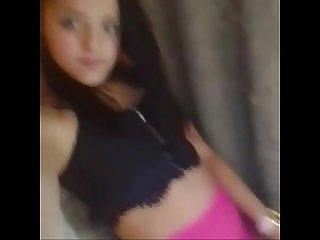 Novinha Safada mostrando a calcinha Na live